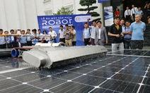 Doanh nghiệp Việt chế tạo thành công robot vệ sinh tấm pin năng lượng mặt trời