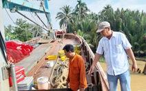 Mâu thuẫn trong lúc nhậu, 1 thuyền viên bị đâm chết trên tàu cá