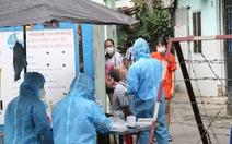 Cách ly 52 hộ dân, lấy mẫu 197 người sống gần nhà bệnh nhân 1347