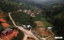 Cưỡng chế tháo dỡ 'làng biệt thự' xây trái phép trên đất rừng ở Đà Lạt