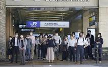 Ca nhiễm mới giảm nhưng số ca COVID-19 nặng ở Nhật lại tăng kỷ lục