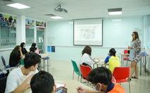 Giáo viên có điểm IELTS 8.0 vẫn chưa đủ điều kiện dạy ở Việt Nam!