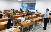 Học sinh, sinh viên TP.HCM học tập trung trở lại sau nghỉ phòng COVID-19