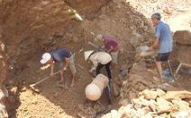 Mỏ vàng Bồng Miêu: sẽ đóng hay mở?