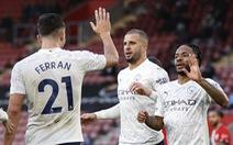 Sterling tỏa sáng, Man City tìm lại niềm vui chiến thắng trước Southampton