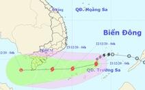 Tâm bão số 14 cách Huyền Trân 280km, biển phía Nam sóng 5m - 8m