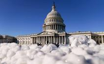 Quốc hội Mỹ vượt bất đồng để cứu dân, thông qua gói cứu trợ 900 tỉ USD