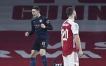 'Vùi dập' Arsenal tại Emirates, Man City vào bán kết Cúp liên đoàn