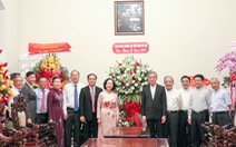 Bà Trương Thị Mai thăm, chúc Giáng sinh Tòa Tổng giám mục TP.HCM