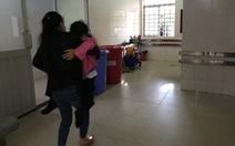 6 học sinh nhập viện sau khi uống trà sữa cô giáo thưởng cả lớp chiều Noel