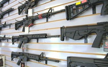 Người Mỹ mua tới 21 triệu khẩu súng trong năm 2020, vì sao?