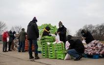Đại dịch gây khó, người Mỹ lại làm từ thiện giúp nhau nhiều hơn