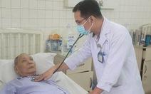 Lạnh khiến nhiều người sốt cao, khó thở, người có bệnh nền coi chừng đột quỵ
