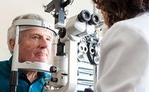 Khoa học 'vặn ngược' đồng hồ lão hóa, lấy lại thị lực đã mất