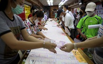 Thái Lan tạm hoãn kế hoạch tiêm vắc xin AstraZeneca