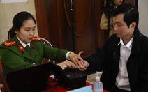 Hà Nội chính thức cấp thẻ căn cước gắn chip cho người dân