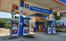 Giá xăng tăng nhẹ, giá dầu giảm
