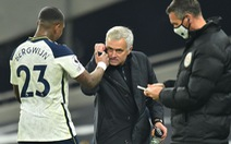 Mourinho và nghệ thuật kiểm soát trở lại