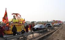 Rước tượng Phật hoàng Trần Nhân Tông vượt 2.000km từ Nam Định đến Tiền Giang