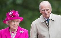 Nữ hoàng Anh ủng hộ vắc xin, sẽ chờ đến lượt chứ không được ưu tiên