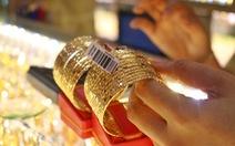 Giá vàng nhẫn bị đẩy lên 45,3 triệu đồng/lượng
