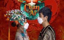 Khẩu trang chống dịch COVID-19 vào MV 'Chân ái'