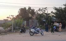 Vừa mở rào chắn, nhiều người lại kéo đến xem nhà hoang nơi Tuấn 'khỉ' bị tiêu diệt