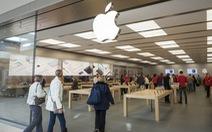 Apple sẽ phải trả hàng triệu USD vì quy định kiểm tra túi xách