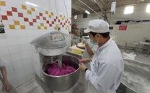 Bánh mì thanh long của BigC học công thức của thợ bánh Sài Gòn?