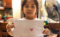 Học sinh lớp 1 Hà Nội viết thư cho các bạn ở Vĩnh Phúc: 'Cùng cố gắng các bạn nhé!'