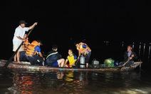 Vụ 10 người chìm ghe: người mẹ chết chìm với vòng tay ôm trước bụng