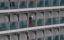 Khách trên du thuyền Diamond Princess: 'Như bị nhốt trong nhà tù nổi'