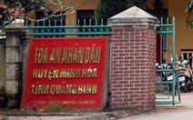 Chánh án tòa huyện quan hệ tình dục với nữ kế toán tại cơ quan bị điều chuyển