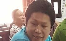 Bác kháng cáo bị cáo 8 lần hiếp dâm con riêng của vợ