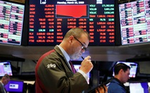 Chứng khoán vẫn chao đảo sau khi FED cắt giảm lãi suất