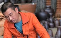 Họa sĩ Lê Thiết Cương: Tôi yêu gốm và kinh Phật