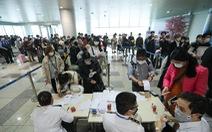 Bộ Y tế 'thông báo khẩn' tìm hành khách trên 3 chuyến bay có bệnh nhân COVID-19