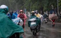 TP.HCM tiếp tục nóng, Hà Nội không khí sạch hơn nhờ mưa