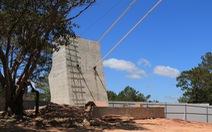 Yêu cầu tháo dỡ cầu đáy kính xây 'lụi' ở Thung lũng Tình yêu