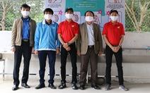 Tặng hệ thống bồn rửa tay cho học sinh vùng khó khăn ở Thanh Hóa