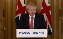 Thủ tướng Anh ra lệnh bán phong tỏa toàn quốc