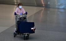 Cứ 4 người Mỹ có 1 người phải ở nhà vì dịch COVID-19