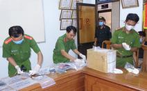 Triệt xóa sới bạc khủng giữa khuya ở An Giang, tạm giữ 31 con bạc