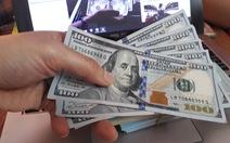 Ngân hàng Nhà nước chính thức hạ giá bán đồng bạc xanh, USD 'tuột dốc'