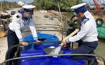 Hải quân cung cấp gần 5 triệu lít nước sinh hoạt cho dân vùng hạn mặn