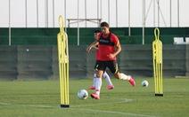 Về nước sau khi tập huấn cho vòng loại World Cup, tuyển Trung Quốc phải cách ly