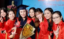 Một trường đại học tạm ngừng phát bằng tốt nghiệp do COVID-19