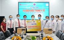 Vietravel tặng 15.000 khẩu trang y tế cho Bộ Y tế