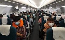 Gần 150 người Việt bị kẹt ở Singapore mong sớm được về nước
