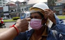 Không đủ tiền, 2 người nước ngoài rời Thái Lan đến Campuchia chữa COVID-19 miễn phí